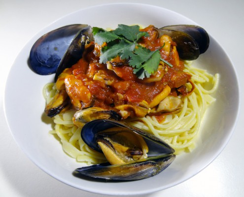 Portarlington Mussels and Garlicky Tomato Sauce