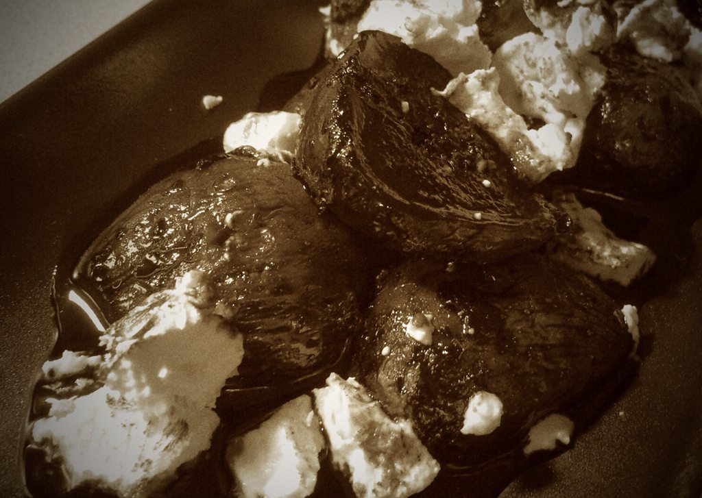 Balsamic Poached Figs with Ash Coated Goat's Cheese 2